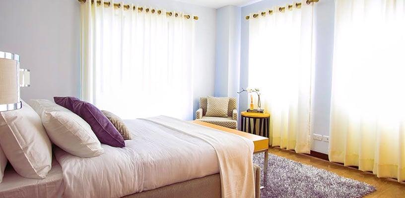 bett ausrichten in welche richtung soll ich schlafen schlafwissen. Black Bedroom Furniture Sets. Home Design Ideas