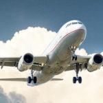 Schlafen im Flugzeug: Ohne Jet-Lag ankommen