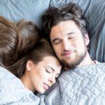 Schlafphasen erklärt: Das passiert nachts mit Ihrem Körper